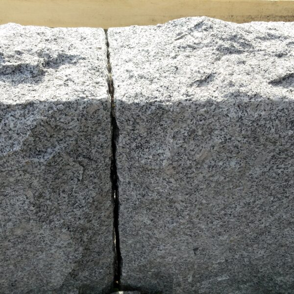 Blockstensmur i Granit